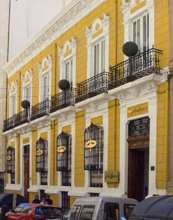 Trinidad cuartara cassinello for Inmobiliarias de almeria