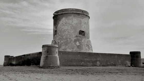 Torreón de San Miguel de Cabo de Gata. Construido en tiempos de Felipe II (s. XVIII)